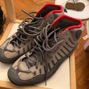 Nike bakin size 5Y